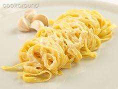 Tagliatelle all'aglio: Ricette di Cookaround | Cookaround