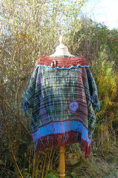Poncho/cape création unique et artisanale tissée main : Manteau, Blouson, veste par by-ladybird