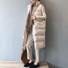 Urban casual Long section Stand collar Sleeveless Cotton vest – abbyou Winter Coats Women, Coats For Women, Winter Jackets, Clothes For Women, Winter Vest, Latest Clothes, Long Vest Outfit, Vest Outfits, Vest Coat