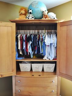 I'll be taking a shelf out of my book shelf and putting in a spring rod to hand up baby's clothes. Thanks for the tip mom!