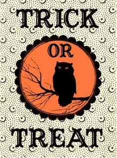Free Halloween Owl Trick Or Treat Treat Bag Stickers. We are so excited to share our collection of Free Halloween Printables. Check out these FREE graphics to print. Retro Halloween, Halloween Boo, Halloween Cards, Holidays Halloween, Happy Halloween, Halloween Printable, Halloween Clothes, Owl Printable, Halloween Forum