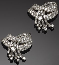 GOLD AND DIAMOND CLIPS, 1950S