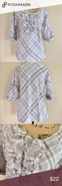 """Gap plaid ruffle front popover top Pretty gray and white plaid on this light and summery popover blouse from Gap. 3/4 sleeves with pleating accent and sewn cuffs. Round neckline with ruffle accent on front. Darting at bust for shaping. Size S. 100% cotton. Machine wash. Bust measures 19"""", length 25 1/2"""". GAP Tops Blouses"""