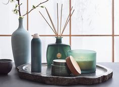Rituals helps you slow down, to find happiness in the smallest of things. It is our passion to turn everyday routines into more meaningful rituals. Rituals Cosmetics, Best Multivitamin, Cosmetic Design, Natural Candles, Cosmetics & Perfume, Proper Nutrition, Aesthetic Room Decor, Display Design, Beauty Make Up