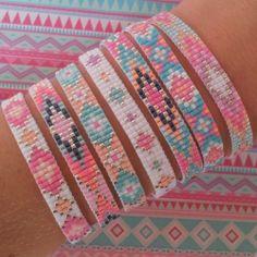 Beads-armbandjes (zilver) - Kralenschatten http://www.kralenschatten.nl ༺✿ƬⱤღ https://www.pinterest.com/teretegui/✿༻
