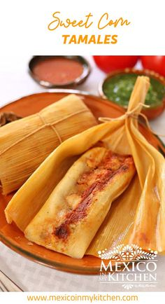 How to make Sweet Corn Tamales │Chanchamitos is the common name for Sweet Corn Tamales stuffed with pork in Chipotle sauce. The process to make them is similar to making the famous Uchepos from the State of Michoacán but without the filling. Raw Food Recipes, Mexican Food Recipes, Great Recipes, Cooking Recipes, Mexican Desserts, Freezer Recipes, Drink Recipes, Cooking Tips, Sweet Tamales