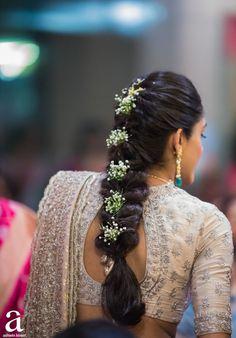# indian Hairstyles Photo From Shravya And Sharan's Engagement - By Ashwin Kireet Photography, Bridal Hairstyle Indian Wedding, Bridal Hair Buns, Bridal Hairdo, Braided Hairstyles For Wedding, Indian Bridal Fashion, Wedding Updo, Braided Updo, Saree Hairstyles, Indian Hairstyles