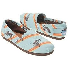 good to know / TOMS shoes outlet! More than half off!On Sale! / My kids love Toms. but theyre way too much for my budget. Toms Shoes Sale, Cheap Toms Shoes, Toms Shoes Wedges, Shoes Sneakers, Toms Sale, Adidas Sneakers, Orange Sneakers, Sneakers Style, Classic Sneakers