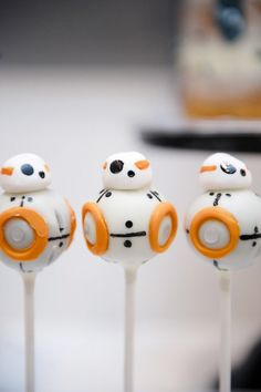Droid Cake Pops from a Star Wars Party!