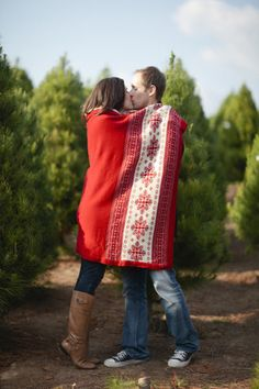 Christmas Engagement Session by joielala photographie
