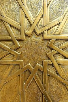 Brass door, Royal Palace in Fes Morocco - islamic geometric pattern Islamic Architecture, Art And Architecture, Architecture Details, Arabesque, Gold Aesthetic, Islamic Art, Sacred Geometry, Textures Patterns, Art Nouveau