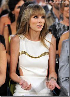 Taylor Swift tiene una caja con recuerdos de sus relaciones pasadas - http://www.leanoticias.com/2013/01/31/taylor-swift-tiene-una-caja-con-recuerdos-de-sus-relaciones-pasadas/