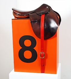 signature Hermes saddle and color