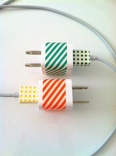 Delicious Spaces: decorate iphone chargers with washi tape. This is a perfect idea if you have multiples