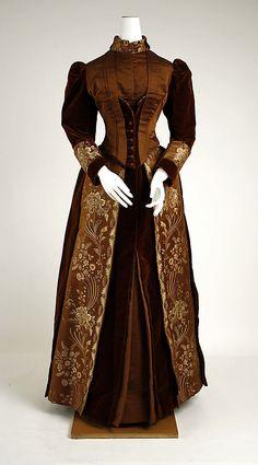 Visiting dress 1880's