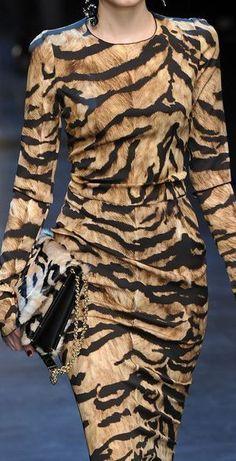 & Gabbana at Milan Fashion Week Fall 2011 Animal PrintsAnimal Prints Animal Print Outfits, Animal Print Fashion, Fashion Prints, Animal Prints, Leopard Prints, Fashion Mode, Couture Fashion, Womens Fashion, Milan Fashion