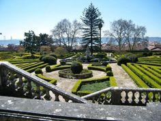 Jardim Botânico da Ajuda, aan de Calçada da Ajuda, stadsdeel Ajuda, Lisboa Azores, Garden Styles, Lisbon, Portuguese, Travel Around, Morocco, Vineyard, Beautiful Places, Cascais
