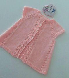 Kol altına 7 ilmek atın ve 1 s Arm Knitting, Baby Knitting Patterns, Knitting Stitches, Baby Patterns, Crochet For Kids, Crochet Baby, Knit Crochet, Baby Overall, Baby Pullover