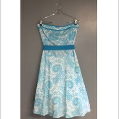 Easter Dress Size 13 Strapless Blue and White Printed Dress. Perfect for Easter! I bought it at Belks and it is in really good condition. Order by Tuesday to get it by Easter!  Dresses Strapless