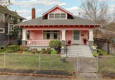 1915 Craftsman - Portland, OR - $559,900 - Old House Dreams Built In Buffet, Eat In Kitchen, Old House Dreams, Leaded Glass, Old Houses, Portland, Craftsman, Beautiful Homes, Entrance
