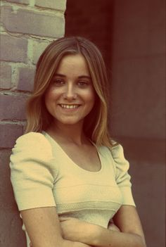 Happy Birthday Maureen McCormick (Marcia from the Brady Bunch). DOB August T. Vintage Tv, Vintage Beauty, Marsha Brady, Style 70s, Maureen Mccormick, The Brady Bunch, Actrices Hollywood, Old Tv Shows, Norma Jeane
