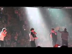 One Direction singing the theme song from friends!!!!!