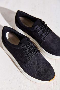 9239999e80a0 Vagabond Casey Platform Sneaker - Urban Outfitters Platform Sneakers