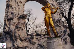 Dieses Denkmal gibt es seit 1921 im Wiener Stadtpark und Kopien davon findet man in Osaka (Japan), Kunming (China) und Havanna (Kuba). Parks, Kunming, Osaka Japan, China, Statue, Havana Cuba, Urban Park, Porcelain, Sculptures