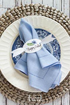 Happy Easter Napkin Rings | Free Printable | Easter table decor | Easter kids table decor | DIY Easter napkin rings | Easy Easter table ideas.