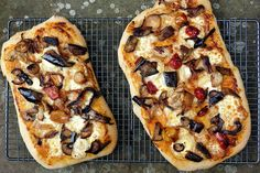Goats cheese and chargrilled vegetables.#cheese #pizza