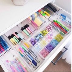Cheap acrylic trays for organisation Desk Drawer Organisation, Stationary Organization, Office Organization At Work, Closet Organization, Organization Ideas, Office Ideas, Office Setup, Organizing Ideas For Office, Stationary Supplies