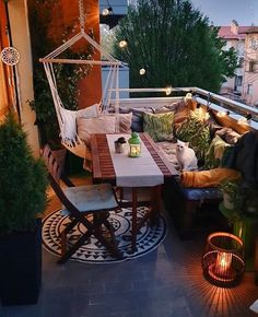 Small Balcony Design, Small Balcony Garden, Small Balcony Decor, Small Patio, Balcony Ideas, Small Balconies, Balcony Flowers, Terrace Garden, Balcony Furniture