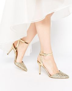 New Look – Pointed Toe Shoes with Glitter from ASOS (see more in the EAD shop: http://www.elizabethannedesigns.com/blog/product/new-look-pointed-toe-shoes-with-glitter/)