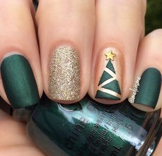 These holiday nails sparkle almost as much as a Christmas tree am I right? Via: