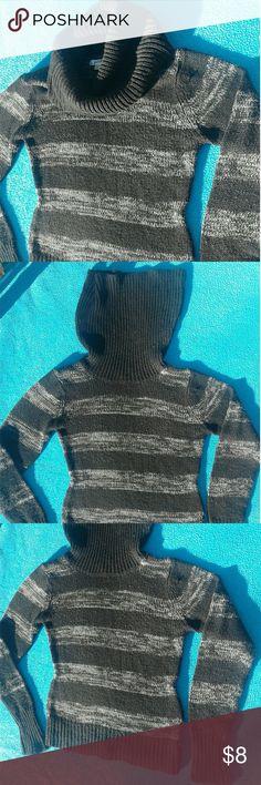 ⛇Warm Black & Grey Cowl-Neck Sweater⛇ ⛇ Cow-Neck Sweater  ⛇Black & Grey   ⛇ SIZE: Large Sweaters Cowl & Turtlenecks