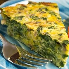 Crustless spinach, onion and feta quiche Vegetable Quiche, Spinach Quiche, Spinach And Feta, Breakfast Quiche, Best Breakfast, Vegetarian Recipes, Cooking Recipes, Healthy Recipes, Quiches