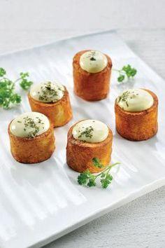 Patatas Bravas anders bekeken http://njam.tv/recepten/patatas-bravas-anders-bekeken