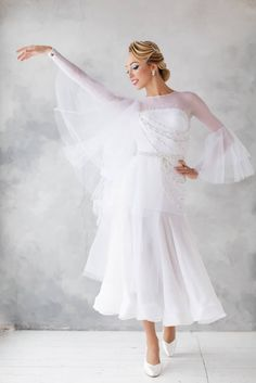 e27eeba56 DLK knows how to create pure and stylish ballroom look! Gorgeous Ekaterina  Prozorova wearing pure