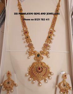 Jewelry Design Earrings, Gold Jewellery Design, Gold Haram, Indian Jewelry Sets, Gold Jewelry Simple, Uncut Diamond, Jewelry Patterns, Necklace Set, Wedding Jewelry