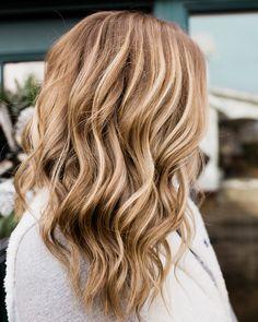 Bronze blonde • dimensional blonde