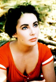 Elizabeth Taylor photographed by Bob Willoughby on the set of Raintree County (1957)