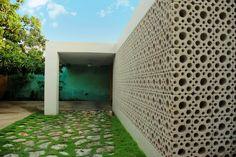 Galería de Medalla de Oro de la I Bienal de Arquitectura Regional / TACO Pabellón 3E - 5