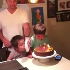 Funny Shit, Crazy Funny Memes, Funny Video Memes, Really Funny Memes, Funny Facts, Hilarious, Memes Humor, Cute Baby Videos, Funny Short Videos
