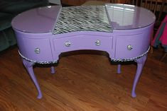 Manicures nails magazine and manicure station on pinterest for Small manicure table