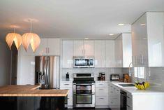 Gladys Medium wood veneer lamp by AtelierCocotte on Etsy Subway Tile Backsplash, Subway Tile Kitchen, Kitchen Reno, Kitchen Cabinets, Wood Veneer, Sweet Home, Interior Design, House, Birch