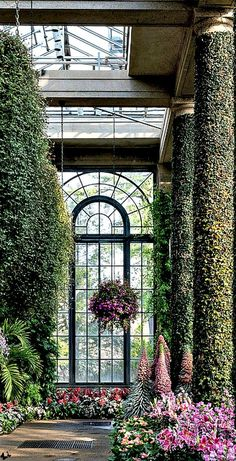 Garden room architecture The Millionairess of Pennsylvania: Longwood Gardens, Pennsylvania ~~Lady Millionairess~~ Beautiful Gardens, Beautiful Homes, Beautiful Places, Patio Interior, Interior And Exterior, Indoor Garden, Outdoor Gardens, Atrium Garden, Atrium House