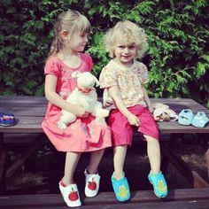Auch für größere Kinder erhältlich: Die Leder Krabbelschuh Kollektion von HOBEA.  #Krabbelschuhe #Hausschuhe #kinder #kids #shoes #kidsfashion #kinderschuhe #Lederpuschen #hobeagermany #hauspuschen #puschen #leather