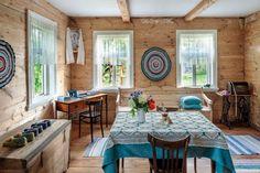 Rusztikus lengyel parasztház a boldog békeidőkből (fotósorozat) - Inspiráló otthonok Cool Rooms, Sweet Home, Table Settings, Home And Garden, Farmhouse, Patio, Country, Architecture, Outdoor Decor