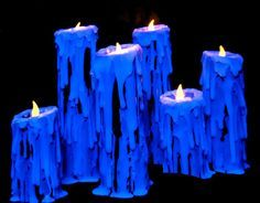 Awesome glow-in-the-dark Halloween candles. Black PVC Pipe covered with glue-stick glue and put under a black light Creepy Halloween Props, Halloween Candles, Halloween Party Decor, Halloween Crafts, Halloween Weddings, Halloween 2018, Holidays Halloween, Halloween Projects, Halloween Ideas