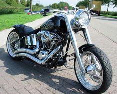 :: Harley Davidson custom :: #harleydavidsonstreettracker